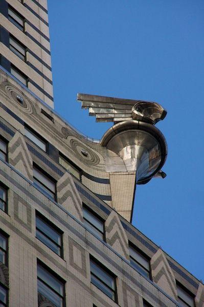 Detalle del arte Deco en el edificio Chrysler modelo de un tapón del radiador. Nueva York, NY