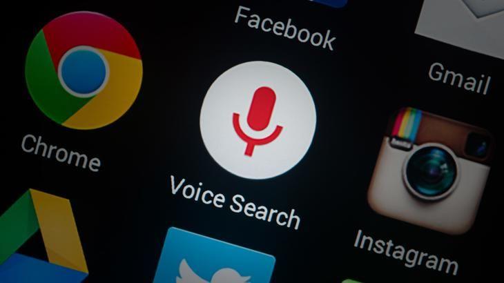 Как в поисковик Яндекс установить голосовой поиск?