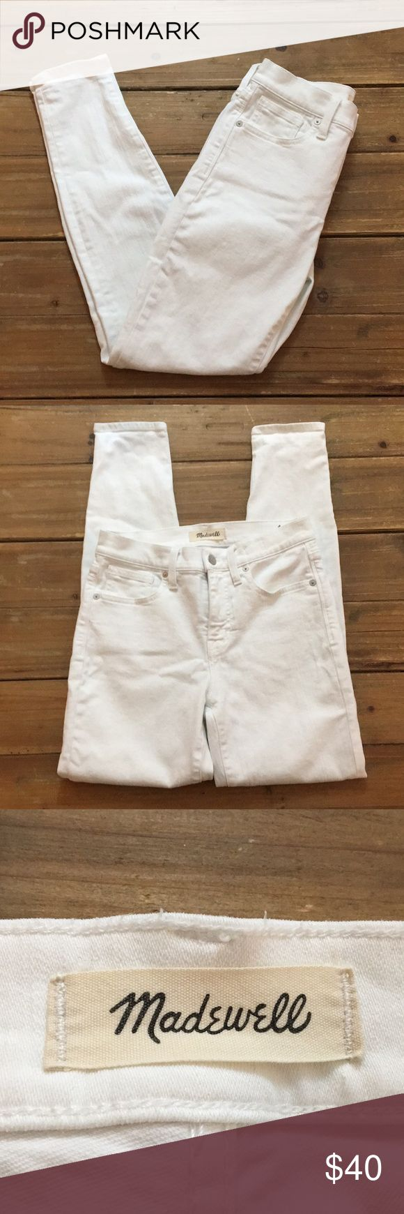 Madewell White High Rise Skinny Jeans Madewell White High Rise Skinny Jeans, Size 26,  gently pre-owned.  Measurements:  Waist- 13.5 inches across Inseam- 27.5 inches Rise- 9.5 inches  Leg Opening- 5 inches across Madewell Jeans Skinny