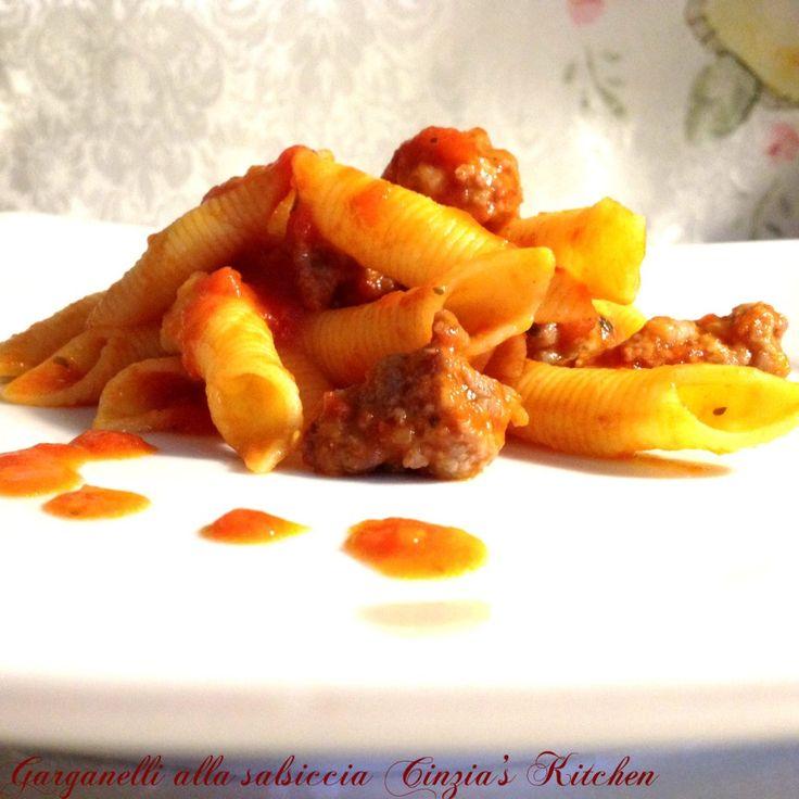 Garganelli alla salsiccia, che dire il piatto si commenta da solo:-)Se amate i sapori rustici questo piatto di garganelli alla salsiccia