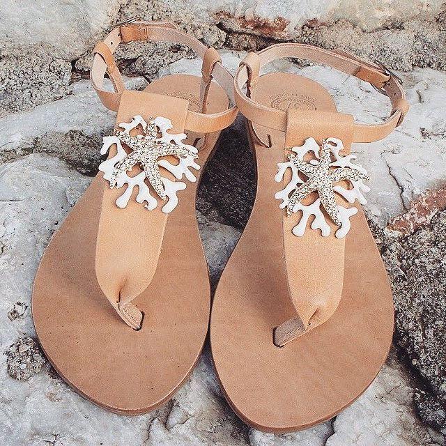 • White Coral • 🐚🐚   ᴏɴᴇ ᴏғ ᴏᴜʀ ʙᴇsᴛ sᴇʟʟɪɴɢ ᴘᴀɪʀ ᴏғ sᴀɴᴅᴀʟs   🌺🌺🏝🏝 www.twininas.gr & www.twininas.com #twininas #leather #sandals #twininastales #weddingsandals #customsandals #bridalsandals #bridalshoes #beachwedding #bohowedding #collection #tasselsandals #strappysandals #leathersandals #boho #ivorysandals #lacesandals #summerwedding #instadaily #igdaily #fashiongram #stylegram #instafashion #instastyle #giftforher #beachliving #instalifo #bridestory #inspiration