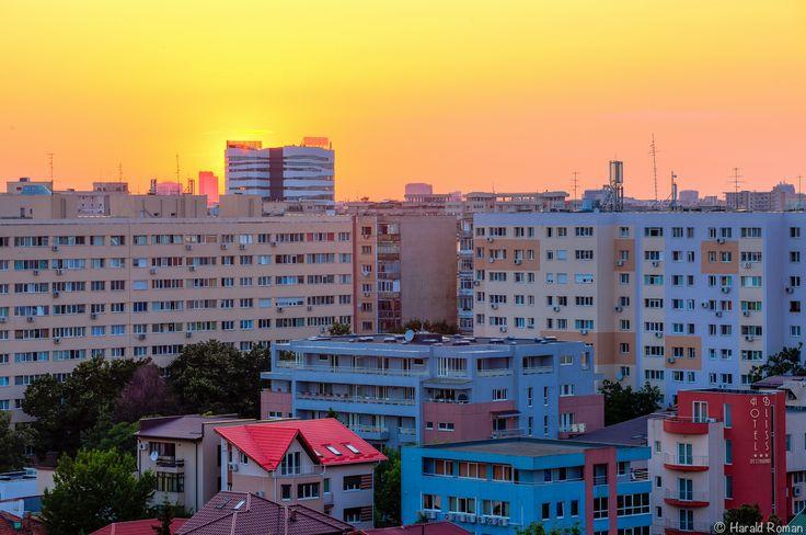 https://flic.kr/p/vYGjhz | Sunset over Eureka | www.facebook.com/photogtoday 500px.com/haraldr