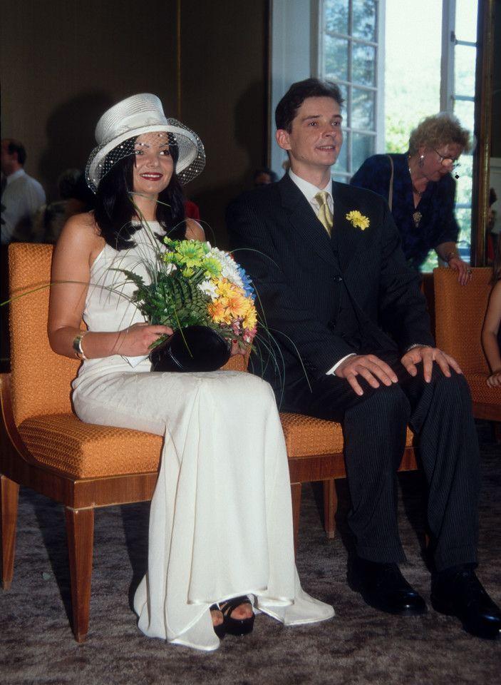 Ślubne zdjęcia gwiazd  Komentator sportowy - Przemysław Babiarz z żoną Marzeną.