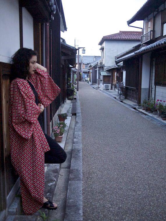 Striking Red Yukata Vintage Japanese Floral Kimono Robe