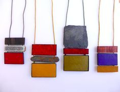 "Montse Basora - Pendant ""Red Equilibrium"" made of wood, ceramic, enamel, alpaca and silver"