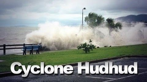 Cyclone Hudhud Updates :Govt starts evacuation as Huhud approaching coast