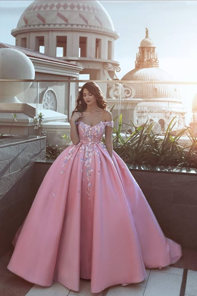 New Arrival Prom Dress2018 Floral Pink Luxury Puffy Off The