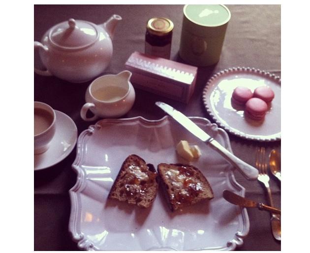 laduree rose tea jam macaroons www.yourchicbestfriend.com
