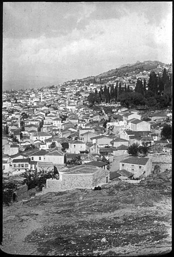 Izmir; Vue des hauteurs de la ville PhotographeRoy, Lucien (architecte) Date prise vue 1908
