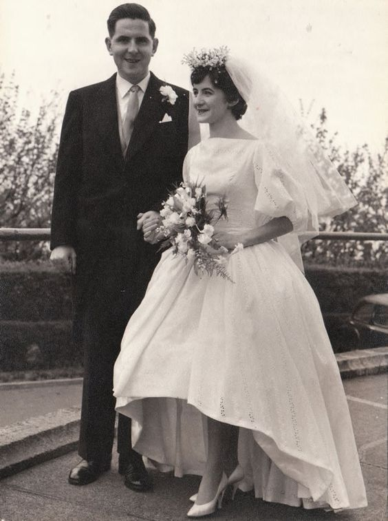 Vintage Bride :: 1950's Bride in an Eyelet Gown Snippet & Ink