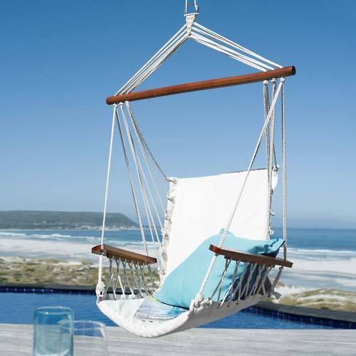 Could it get any better than this? Sheer relaxation. I want to se be sitting there right now!