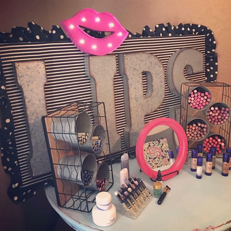 Cute display for boutiques to sell Lipsense!