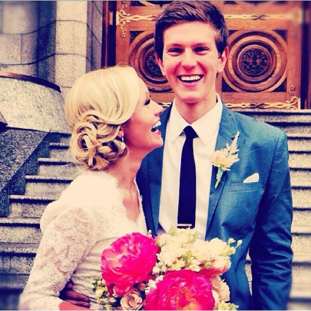 i love these two!: Wedding Hair, Cute Couple, Favorite Couple, Dreams Hair, Cutest Couple, Flowers Hair, Wedding Dresses Sleeve, Happily, The Dresses