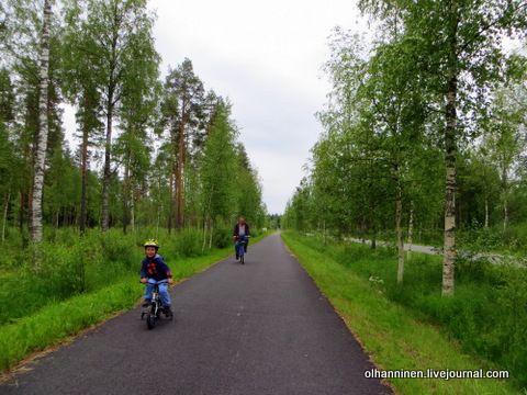 Велосипедный шлем в Финляндии и закон о его использовании.