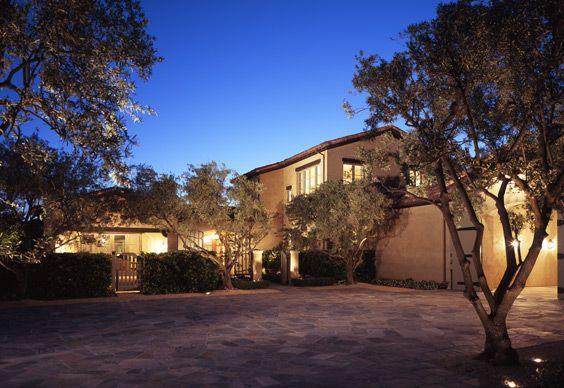 Napa Valley home designed by Howard Backen #Napa #WineCountry #NapaHomes #LatifeHayson
