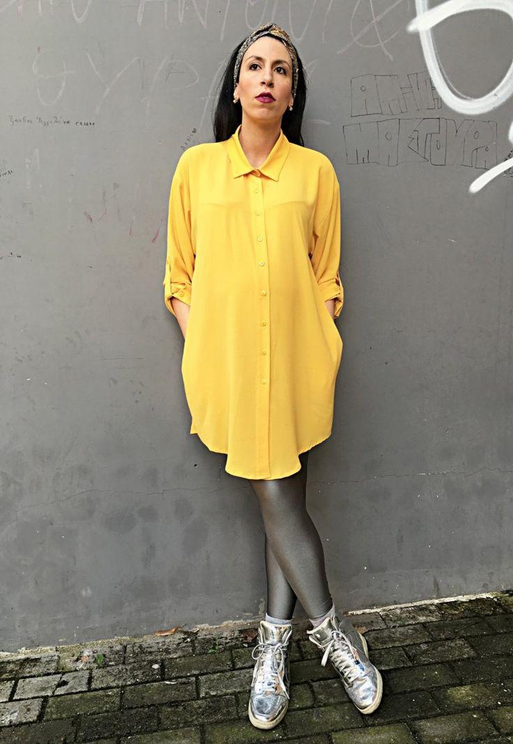 Yellow shirtdress over PCP metallic grey leggings #StyleTheBump