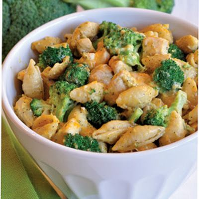 Chicken, broccoli, cheese, skillet... something doable on a worknight even for me.