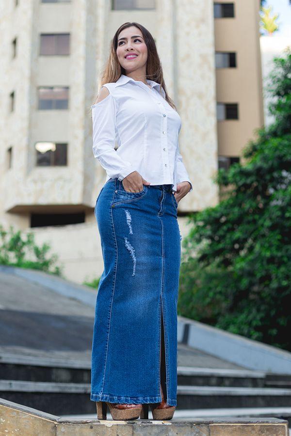 Falda larga en jean con desgaste delicado