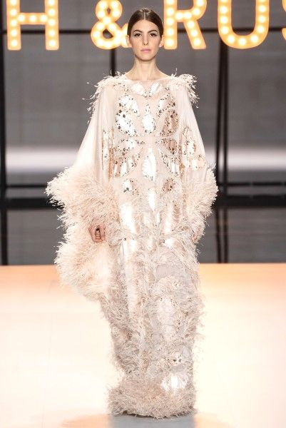 17e7c4964311 16 Haute Couture Designs by Ralph and Russo Spring 2019 Glamsugar ...