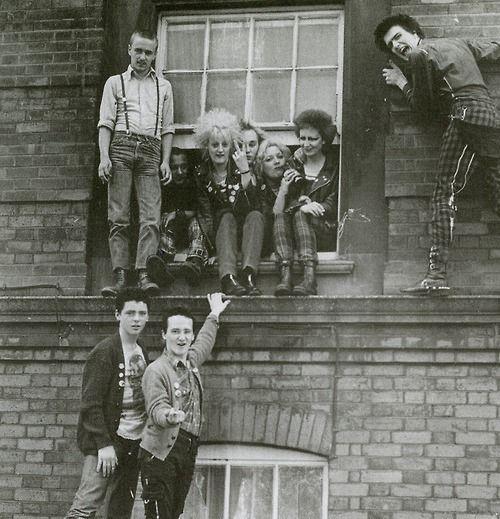 Window punks      UK 82