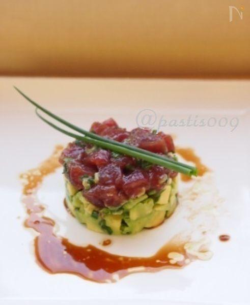 """ハワイのレストランで食べたハワイ料理の""""ポキ""""が美味しくて、お家で再現しようと、思い出しながら作ってみました。"""