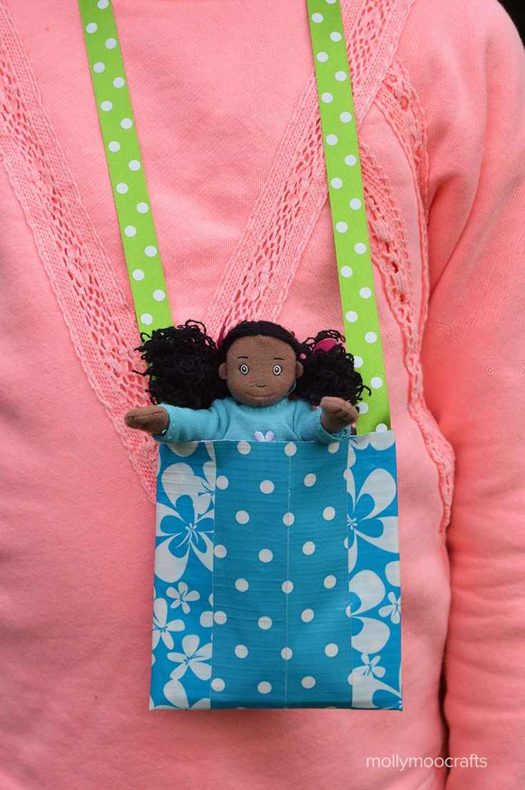 Duck Tape Crafts - dolls necklace pouch