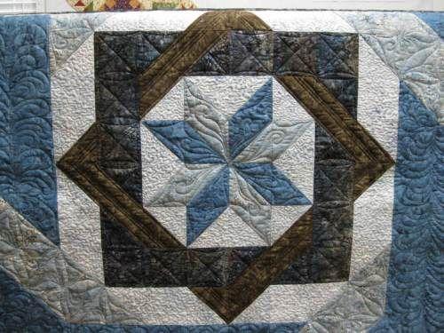 Center Medallion Labyrinth Quilt Pinterest