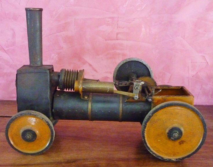 http://www.ebay.fr/itm/Belle-et-grande-machine-a-vapeur-ressemblant-a-une-locomotive-Regardez-photos/201954421183?_trksid=p2047675.c100012.m1985
