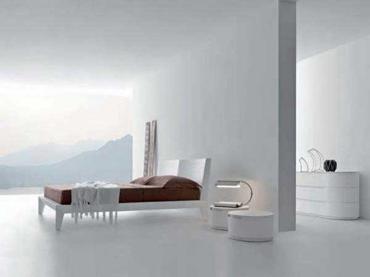 White presotto bedroom design