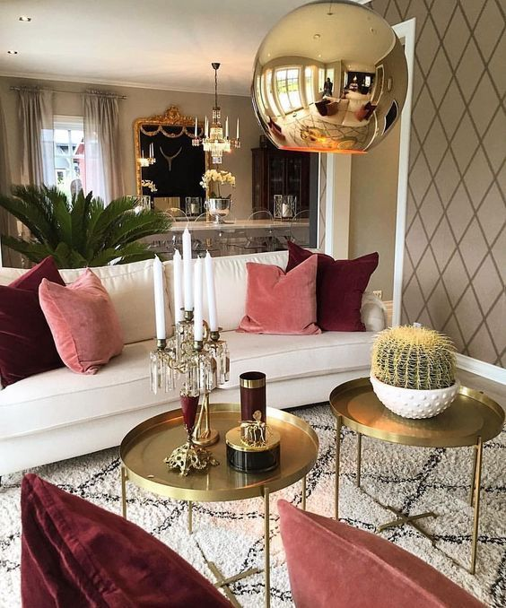 Brilliant Ideas For Decorating Your Living Room Safari Inspired Apartment On The Cheap Apartmentdecorating Smallapartment