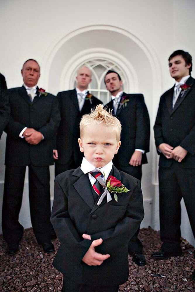 + Popular Wedding Photo Ideas For Unforgettable Memories ❤ See more: http://www.weddingforward.stfi.re/popular-wedding-photo-ideas/ #weddings