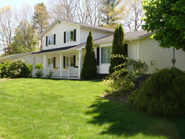 beautiful homes and a beautiful place to live-this home is in the Glen Allan Subdivision