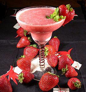 Kahlua Strawberry Cream Daiquiri