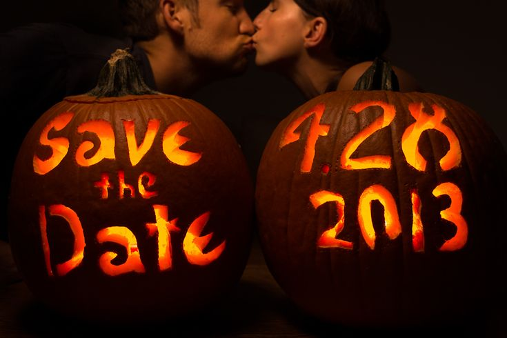 Cute Halloween Save the Date Photo    Engagement Photographer David Walters of Jacksonville Florida at www.davidwaltersphotography.com.    #halloween #pumpkin #engagement #savethedate