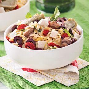 Salade d'orzo à la méditerranéenne - Soupers de semaine - Recettes 5-15 - Recettes express 5/15 - Pratico Pratique