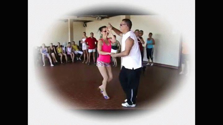 Folyamatosan indulnak új kezdő salsa tanfolyamok a Salsa Tropical Tánciskolában! Nézd az infókat a honlapon! http://salsatropical.hu