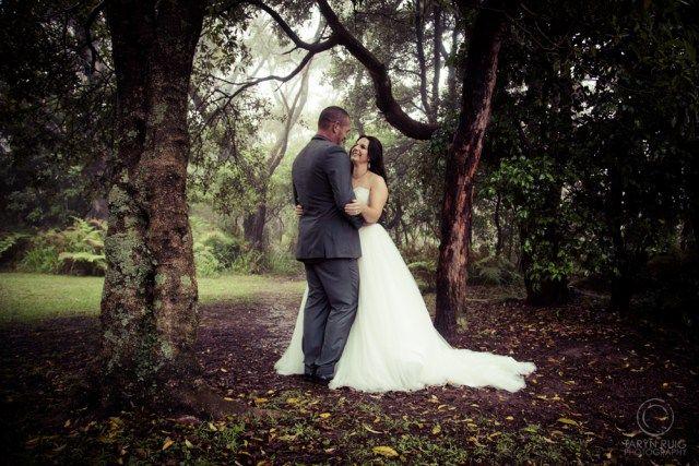 Bride and groom photos in the fog @Sublime Point   Candid Wedding Photography   Taryn Ruig Photography   Weddings, Portraits and Lifestyle Photography   Sydney, Australia   www.tarynruig.com