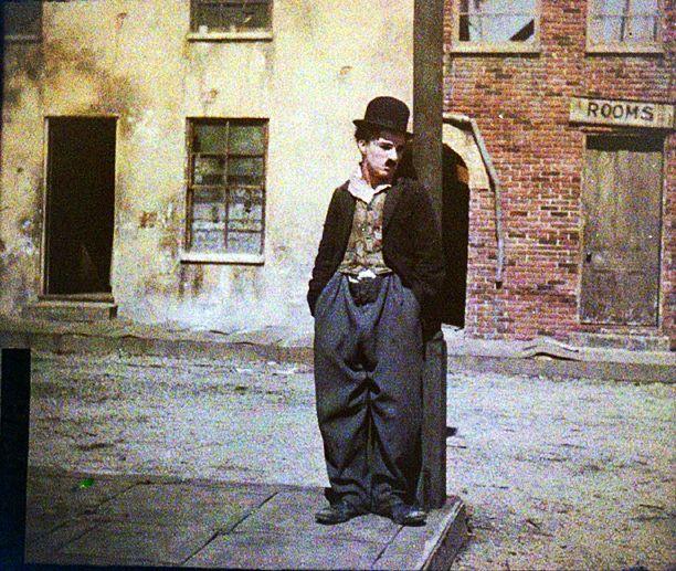 Colour photographs of Charlie Chaplin   Retronaut