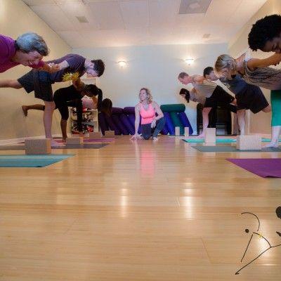 about soluna yoga