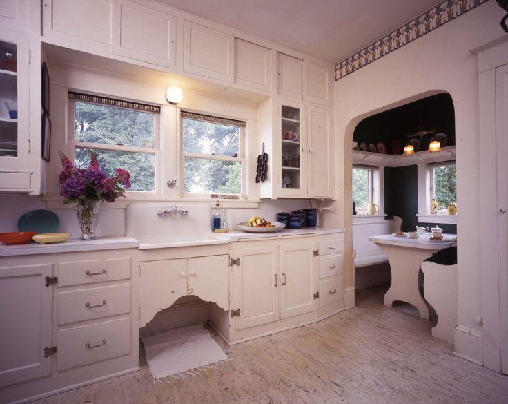 Best Bungalow Kitchens Images On Pinterest S Kitchen - Craftsman bungalow kitchen breakfast nooks