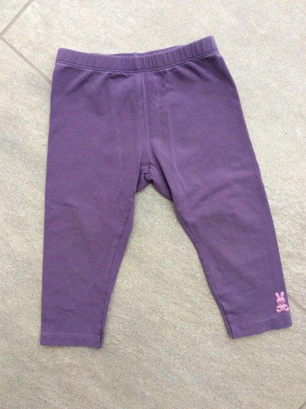 Mein Tolle Benetton-Leggings in lila mit Glitzerbär / Gr. 82/86 / 18 Monate von Benetton! Größe 86 für 4,00 €. Schau´s dir an: http://www.mamikreisel.de/kleidung-fur-madchen/leggings/52818248-tolle-benetton-leggings-in-lila-mit-glitzerbar-gr-8286-18-monate.