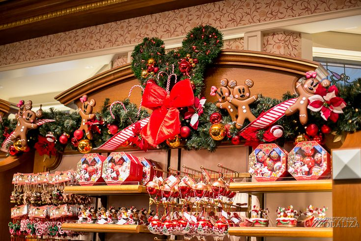 1000 ideas about disneyland paris christmas on pinterest - Magasin deco noel paris ...