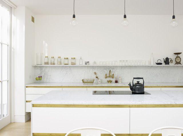 Die besten 25+ Minimalist marble kitchen counters Ideen auf