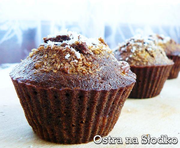 http://ostra-na-slodko.pl/2012/09/20/muffinki-bananowo-czekoladowe/
