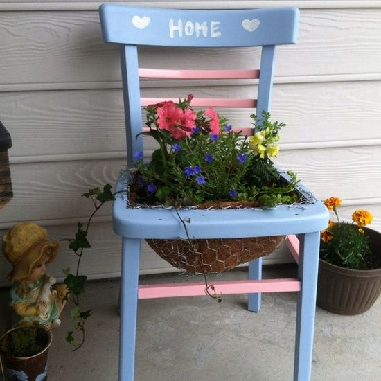 Painted Chair Planter | DIY and Crafts / My first chair planter! I sanded, painted, chicken ...