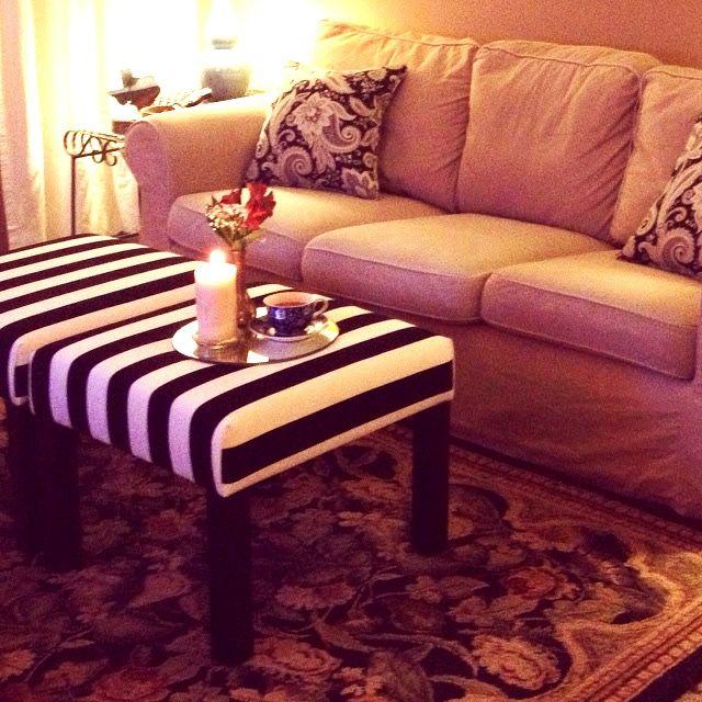 Tutoriel pour transformer une table basse IKEA Lack en un pouf déco. Tuto, pas à pas pour personnaliser votre nouveau siège.