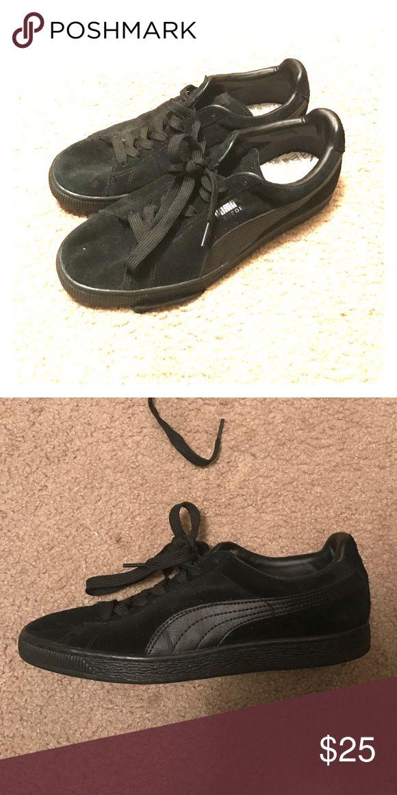 black suede pumas size 5