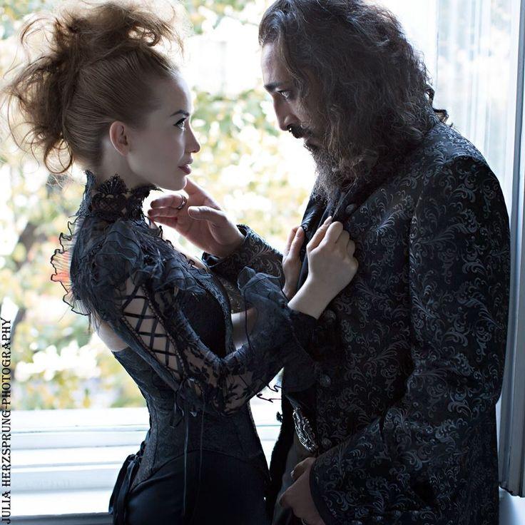 Photo: Julia Herzsprung Models: Lia Julia & Senay Güler