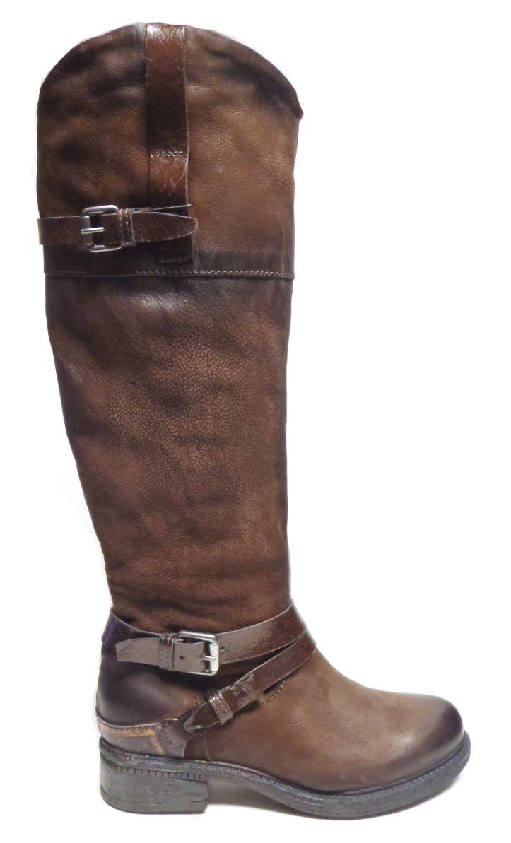 Mjus 555306 http://www.traxxfootwear.ca/catalog/5193867/mjus-555306