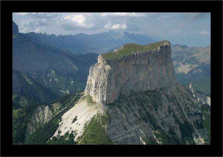 Mont Aiguille - Massif du Vercors #France #Dauphiné #Isère